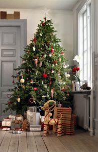 arbol-de-navidad-decoraciones-navidenas-ikea